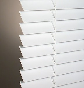 Light-Wooden-Window-Blinds