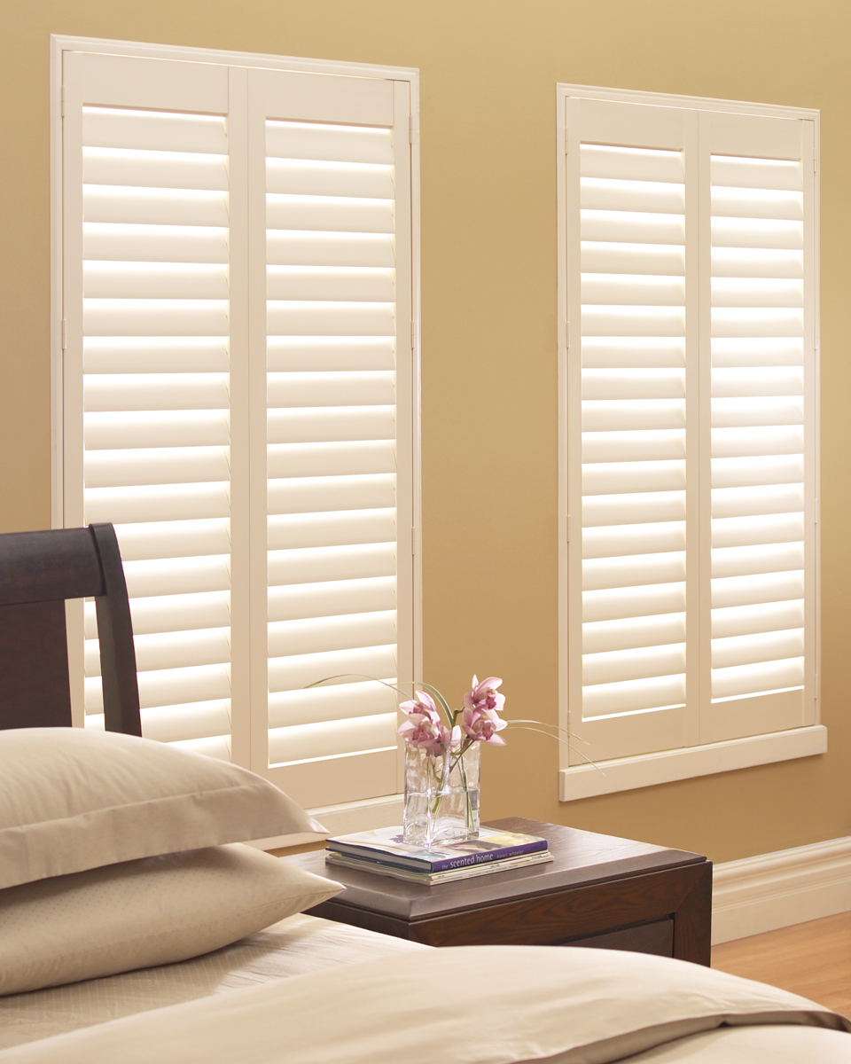 Palm Beach™ Polysatin Shutters With Standard Hinged Panel
