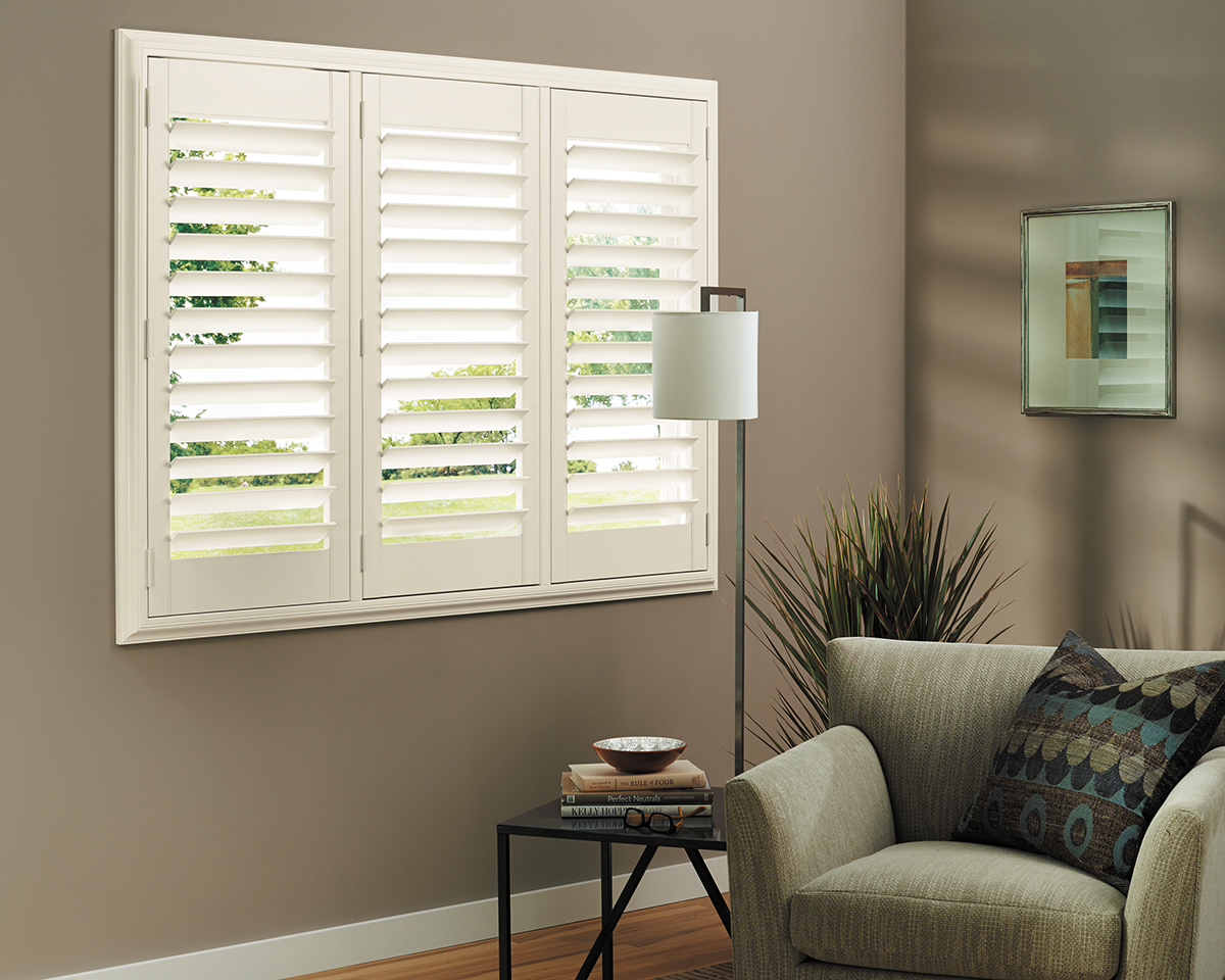 Heritance® Hardwood Shutters With TruView™ Rear Tilt